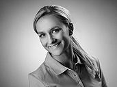 Mieke Schmidt - Kieferchirurgie Stuttgart