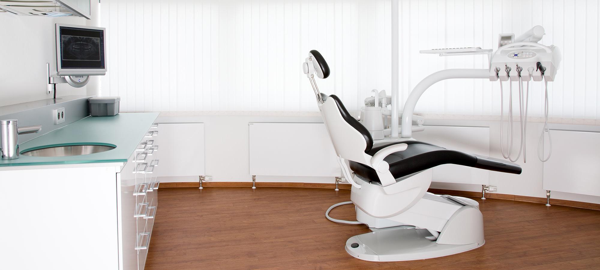 Praxis für Implantologie, Implantate, Zahnimplantate Stuttgart